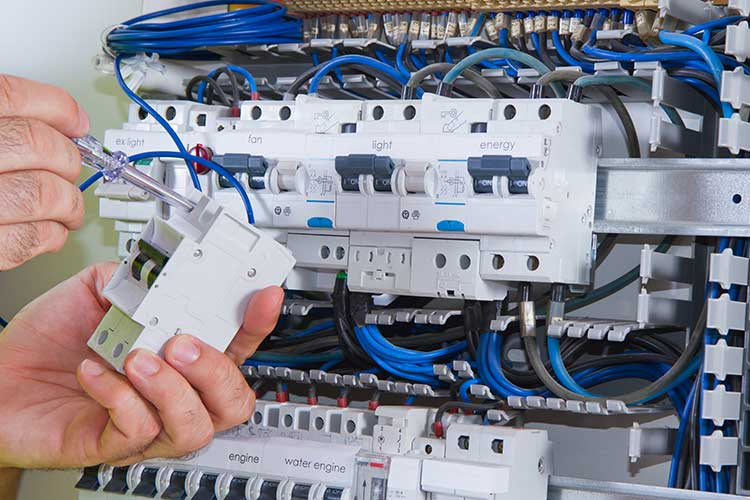Leamington Electrical Distributors